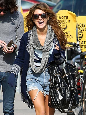 FUNNY LADY photo | Shenae Grimes
