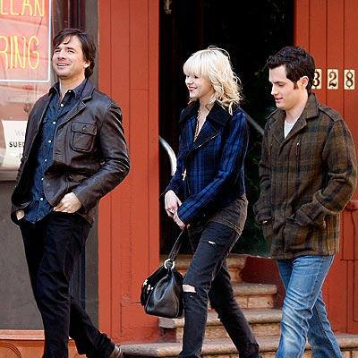 THREE'S COMPANY photo   Matthew Settle, Penn Badgley, Taylor Momsen