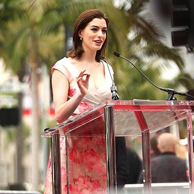 TALK IS CHIC photo | Anne Hathaway