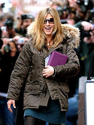 IN THE (MOTHER) HOOD photo | Jennifer Aniston