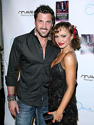 'CAN'-DO SPIRIT photo | Karina Smirnoff, Maksim Chmerkovskiy