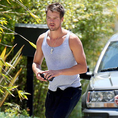 IN THE BUFF photo | Josh Duhamel
