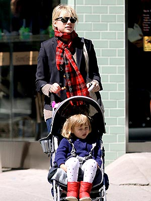 STROLLER DERBY photo | Michelle Williams