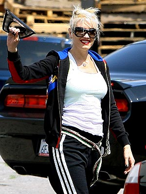 WALKING TALL photo | Gwen Stefani