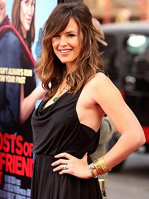 SIDE SHOW photo | Jennifer Garner