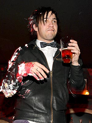 CAKE WALK photo | Pete Wentz