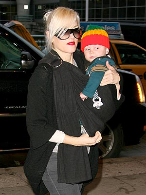 FLIGHT TIME photo | Gwen Stefani
