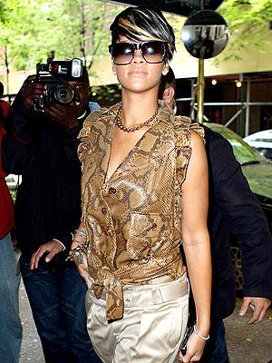 CITY SLICKER photo | Rihanna