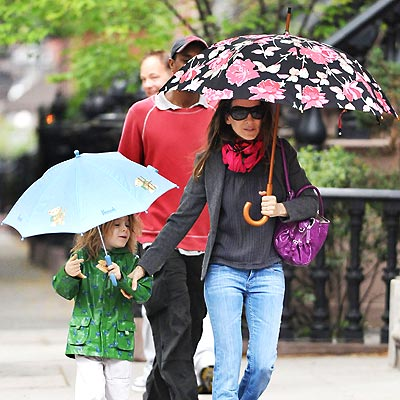 WEATHER PROOF photo | Sarah Jessica Parker