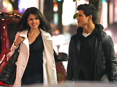 SO HAPPY TOGETHER photo | Selena Gomez, Taylor Lautner