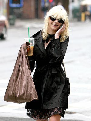 COFFEE TALK photo | Taylor Momsen