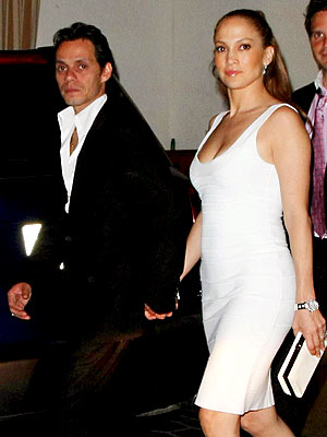 WHITE NIGHT photo | Jennifer Lopez, Marc Anthony
