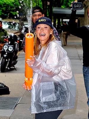 WATER FIGHT photo | Kelly Ripa
