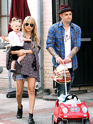 FREE RIDE photo | Joel Madden, Nicole Richie