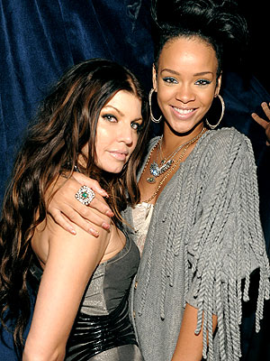 LADIES' NIGHT photo   Fergie, Rihanna