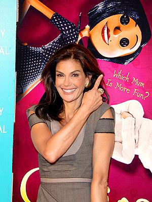 MUM'S THE WORD photo | Teri Hatcher
