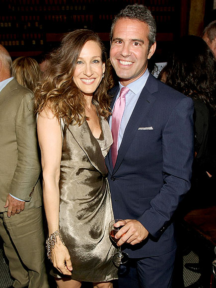POSED WITH A PURPOSE photo   Sarah Jessica Parker