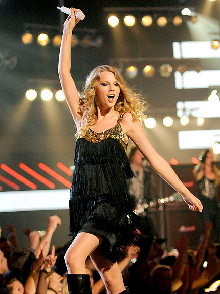 ROCK ON photo | Taylor Swift