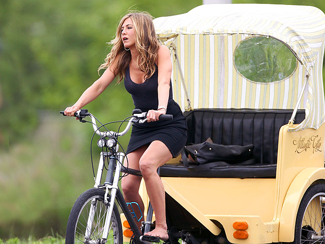 SPIN CYCLE photo | Jennifer Aniston