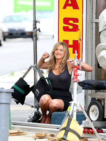 TAKE FIVE photo | Jennifer Aniston