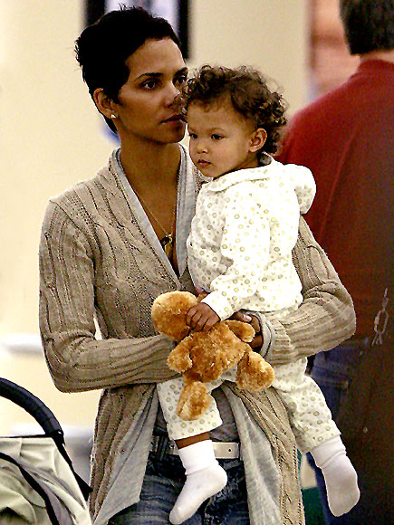 COMFORT ZONE photo | Halle Berry