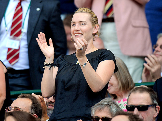 STANDING O photo | Kate Winslet