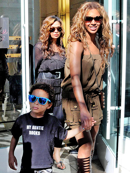 'AUNTIE' UP photo | Beyonce Knowles