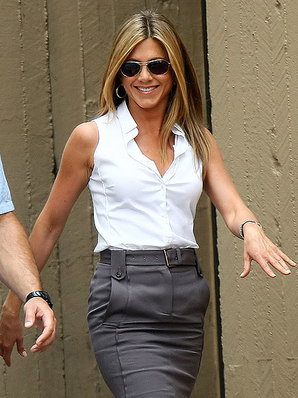 WALK THIS WAY photo | Jennifer Aniston