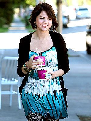 Selena: Twice As Sweet! | Selena Gomez