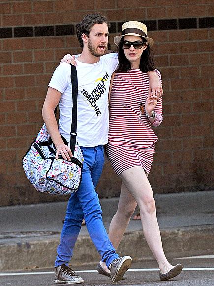 IN STEP photo | Anne Hathaway