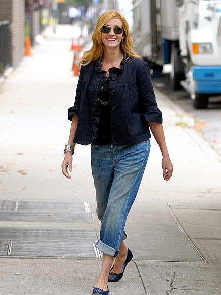 FEELING THE 'LOVE' photo | Julia Roberts