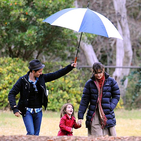 OVER THE HILL photo | Katie Holmes, Suri Cruise