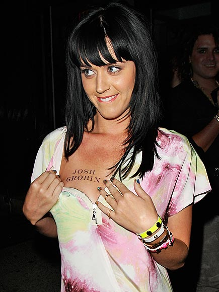 CHEST FRIENDS photo | Katy Perry
