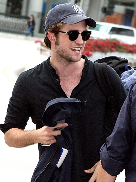 TRAVELING LIGHT photo | Robert Pattinson