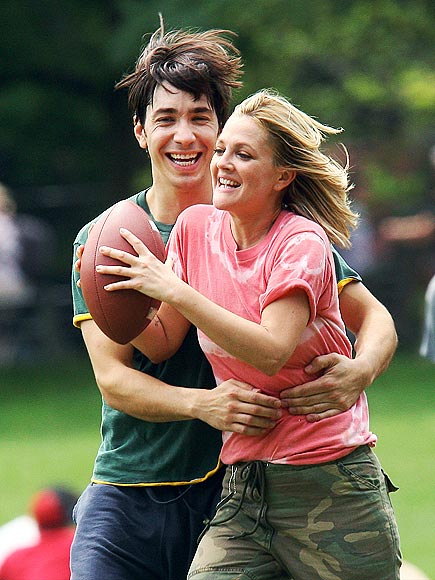TOUCH AND GO photo | Drew Barrymore, Justin Long