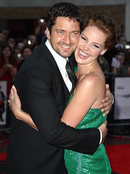 AN 'UGLY' EMBRACE photo | Gerard Butler, Katherine Heigl