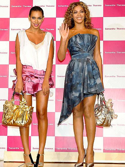 Samantha Thavasa Handbags 2011.