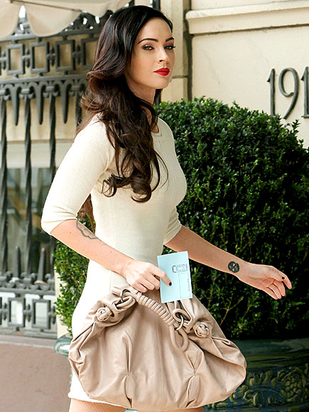 http://img2.timeinc.net/people/i/2009/startracks/090824/megan-fox-435.jpg