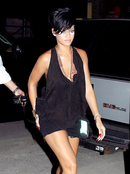 BUSINESS FABULOUS photo | Rihanna