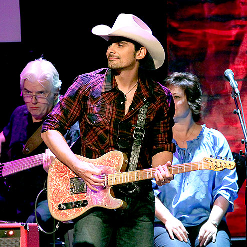 GUITAR HERO photo | Brad Paisley
