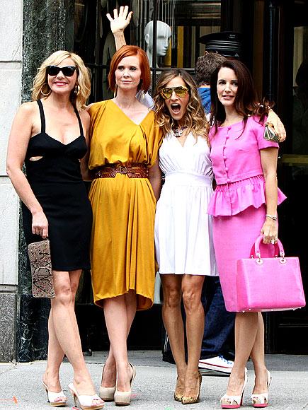 'CITY' GIRLS photo | Cynthia Nixon, Kim Cattrall, Kristin Davis, Sarah Jessica Parker