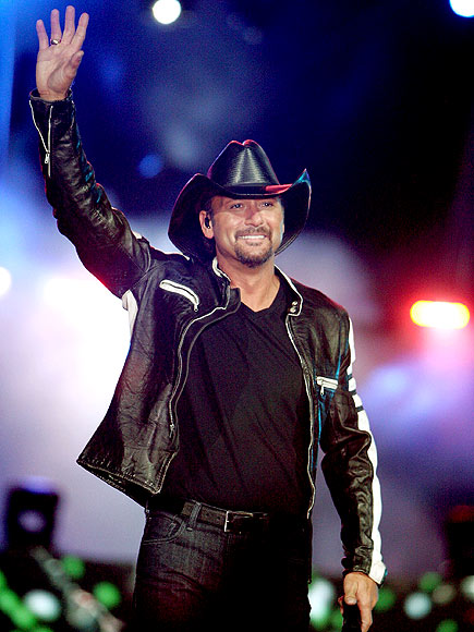 TOTAL TOUCHDOWN photo | Tim McGraw
