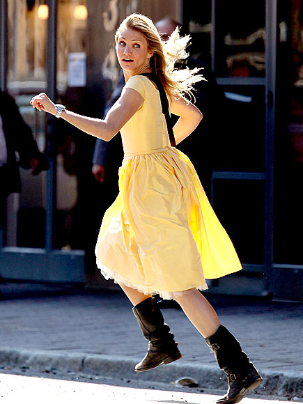 ON THE MOVE photo | Cameron Diaz