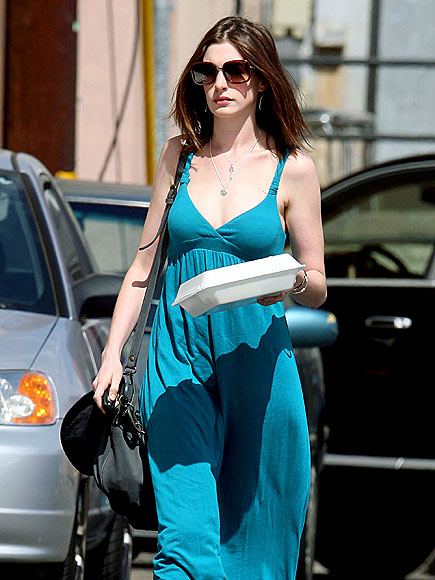 FEELING BLUE photo | Anne Hathaway