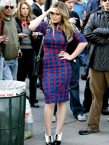 BACK TO 'BUSINESS' photo | Hilary Duff
