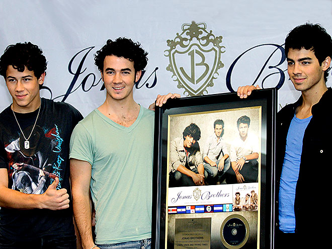 BROTHERLY LOVE photo | Joe Jonas, Jonas Bloch, Jonas Brothers, Kevin Jonas, Nick Jonas