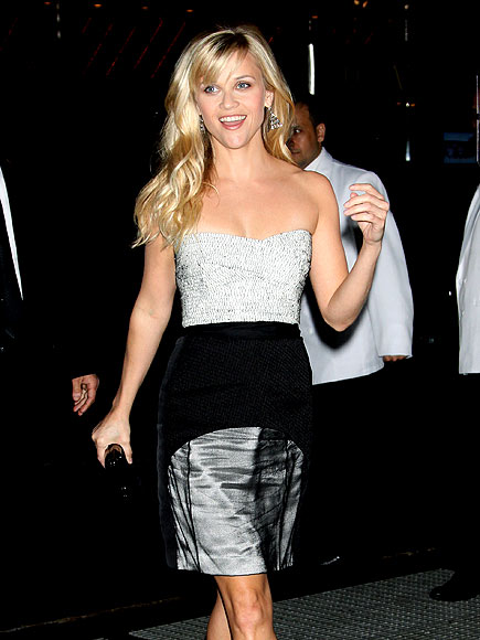 SHINING STAR photo | Reese Witherspoon