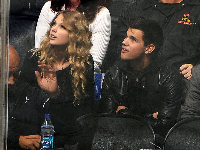 POWER PLAY photo | Taylor Lautner, Taylor Swift