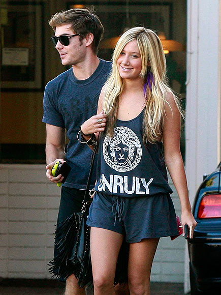 &#39;HIGH SCHOOL&#39; REUNION photo | Ashley Tisdale, Zac Efron