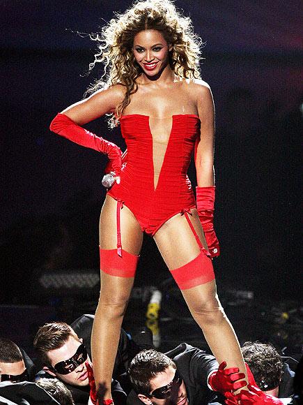 CRIMSON TIDE photo | Beyonce Knowles